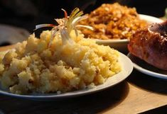 Hagymás tört krumpli Veggie Recipes, Salad Recipes, Veggie Meals, Naan, Broccoli, Risotto, Mashed Potatoes, Grains, Salads