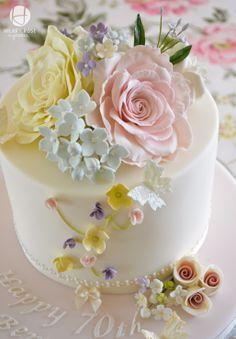 Dessert Bridal Shower Trend See Photos Sugar flowers Sugaring