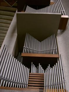 Organ Pipes - new Coventry Cathedral - England WOOOOW!!!!!