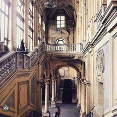 Atrio e scalone juvarriano a Palazzo Madama  immagine ripresa da @fulviabi  __________________________________  I G  S P E C I A L  M E N T I O N  F R O M | @ig_turin_ A D M I N | @emil_io & @giuliano_abate  S E L E C T E D | our team F E A U T U R E D  T A G | #ig_turin #ig_turin_ #ig_torino M A I L | igworldclub@gmail.com S O C I A L | Facebook  Twitter  L O C A L  S O C I A L | http://ift.tt/1Ho2hK1  M E M B E R S | @igworldclub_officialaccount  C O U N T R Y  R E Q U I R E D | If you…