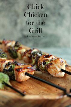 Chicken, Garlic and Broccoli Kebabs | kissmysmoke.com | 3 of my favorite things all on one skewer!