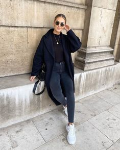 Casual Fall Outfits, Winter Fashion Outfits, Edgy Outfits, Mode Outfits, Simple Outfits, Look Fashion, Autumn Winter Fashion, Womens Fashion, Wear To Class
