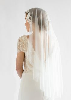 LOVE FIND CO. The ALEXA / Lace Wedding Veil by Percy Handmade