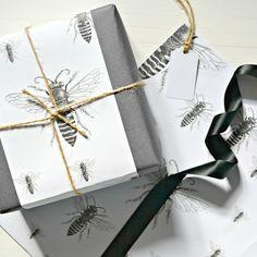 Bee Wrapping Paper, Ribbon, Tag & Card Set
