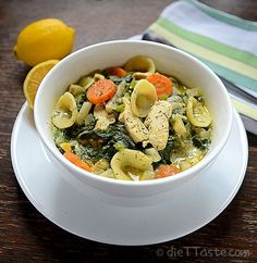 Lemon Chicken and Spinach Soup - diettaste.com