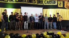 Los directivos Catino, Ruglio y Sciarra hablaron a los presentes en el Encuentro de Peñas del Club