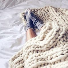 Cozy m♡rnings ______________________________________________ #sofiadaily#weekend#Saturday#cozy#morning#homesweethome#bed#think#positive#free#mind#доброе#утро#люди#Греция#дом#nicetime#chill#relax#wakeup#instamood#instadaily