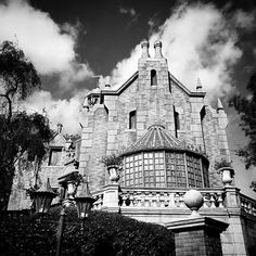 Gracey Manor at WDW Florida. Photo by Bryan Fyffe