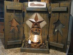 Shutters with Lantern Primitive Shelves, Primitive Wood Crafts, Barn Wood Crafts, Primitive Furniture, Country Primitive, Antique Furniture, Window Shutter Crafts, Shutter Shelf, Diy Home Crafts