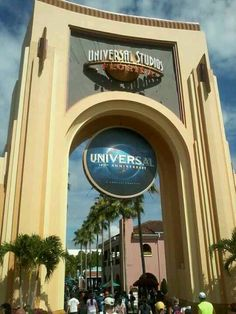 Universal Studios, Orlando!! My FAV place ever!! Better than Disney!! I just went today!!!  :)