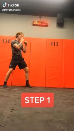 Home Boxing Workout, Mma Workout, Kickboxing Workout, Gym Workout Videos, Gym Workout For Beginners, Fitness Workout For Women, Body Workouts, Mixed Martial Arts Training, Self Defense Martial Arts