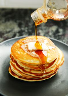 A really great recipe for perfect homemade fluffy buttermilk pancakes!