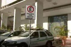 Aprovado por deputados do DF, projeto reserva vagas de estacionamentos para advogados - http://noticiasembrasilia.com.br/noticias-distrito-federal-cidade-brasilia/2015/07/11/aprovado-por-deputados-do-df-projeto-reserva-vagas-de-estacionamentos-para-advogados/