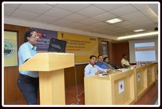 Mr. A.K. Sinha, Deputy Director General of Foreign Trade, ZJDGFT, Kolkata addressing the audience..