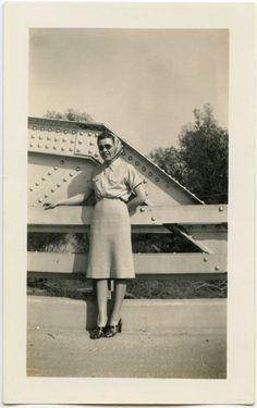 1940s Gal Wearing Sunglasses Standing on Bridge. #vintage #1940s #fashion