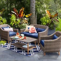 21 Inexpensive Outdoor Furniture Sets for summer decorating on a tight budge Sofa Lounge, Patio Furniture Cushions, Outdoor Loveseat, Outdoor Garden Furniture, Outdoor Decor, Patio Chairs, Outdoor Living, Outdoor Spaces, Outdoor Pallet