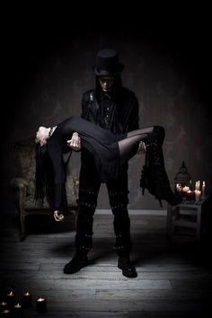 Gothic men, Gothic women, Gothic