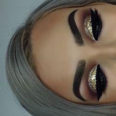 DIY Augen Make-up Sparkling Magic Gold Glitter – Makeup İdeas - Beauty New Glitter Eye Makeup, Eye Makeup Tips, Smokey Eye Makeup, Beauty Makeup, Gold Glitter Eyeshadow, Gold Eyeliner, Huda Beauty, Apply Eyeliner, Eyeliner Pencil