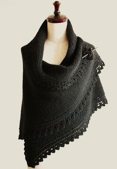 Free knitting pattern Truly Tasha's Shawl pattern by Nancy Bush. textured with lace border