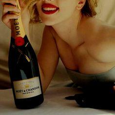 Scarlett Johanson!