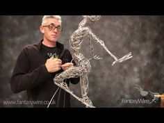 How to apply wire to your wire sculpture. source The post FantasyWire Video Wire Technique appeared first on PaintingTube. Wire Art Sculpture, Plaster Sculpture, Human Sculpture, Cardboard Sculpture, Textile Sculpture, Fantasy Wire, Sculpting Tutorials, Wire Tutorials, Finger Curls
