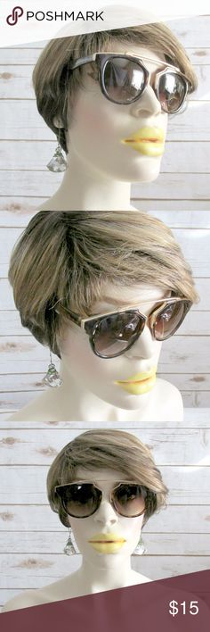 """Gigi"" Tortoiseshell Gold Cateye Sunglasses Tortoiseshell cateye sunglasses with a gold brow bar accent.   Condition: NWT Brand: Citizen Republk Type: Sunglasses  Style: Cateye Frames: plastic Lens: Brown gradient Protection: UV400   DD0.5:201711101405:4:715C Citizen Republk Accessories Sunglasses"