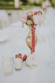 Gold wedding centerpiece: http://www.stylemepretty.com/destination-weddings/italy-weddings/2017/03/07/a-fashion-designer-weds-at-villa-aurelia-in-rome/ Photography: Gianluca Adovasio- http://www.gianlucaadovasio.it/