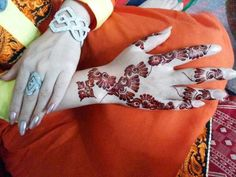 Latest Bridal Mehndi Designs for Hands for Girls