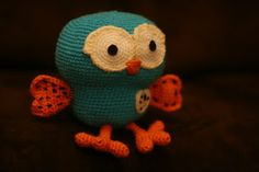 Hoot from Giggle and Hoot by Krystal Higgins - crochet pattern Crotchet Animals, Crochet Owls, Crochet Crafts, Crochet Projects, Free Crochet, Knit Crochet, Crocheted Toys, Owl Crafts, Diy Arts And Crafts