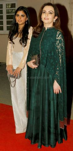 Ace designer opened the Lakme Fashion Week 2016 at Mehboob Studio, Bandra last… Anarkali Dress, Pakistani Dresses, Indian Dresses, Indian Outfits, Indian Attire, Indian Ethnic Wear, Lakme Fashion Week, Indian Designer Wear, Asian Fashion