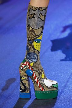 marc jacobs – spring 2017 ready-to-wear - Sexy High Heels Women Shoes - Sexy High Heels Women Shoes Funky Shoes, Crazy Shoes, Me Too Shoes, Marc Jacobs, Bootie Boots, Shoe Boots, Women's Shoes, Zapatos Shoes, Christian Louboutin