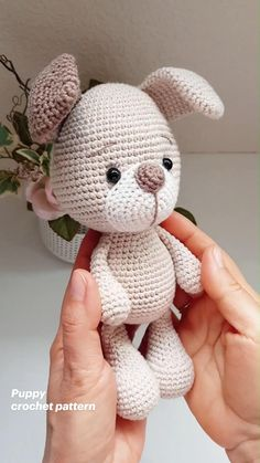Easy Crochet, Crochet Toys, Knitted Animals, Crochet Patterns, Crochet Ideas, Hot Pads, Diy Toys, Plushies, Diy Gifts