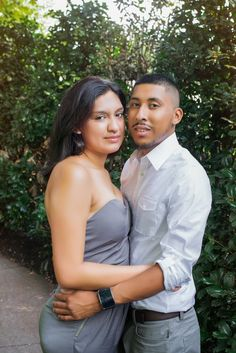 #BigDay #weddings #engagement    Julissa & Oscar's Dallas Arboretum Engagement Check more at http://bigday.io/2015/10/29/julissa-oscars-dallas-arboretum-engagement/