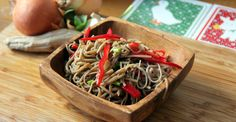 Try this light and healthy cold noodle recipe for an easy lunch or picnic meal…
