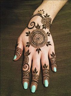 Black Mehndi Designs - Leaf and Flower Mehndi Design