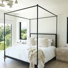 Natural light plays such a big role into design. No matter what space it is. This neutral-themed bedroom is still giving life by the large… Dream Bedroom, Home Bedroom, Bedroom Decor, Master Bedroom, Canopy Bedroom, Design Room, Home Interior, Interior Design, Apartment Decoration