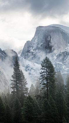 freeios8.com - me58-yosemite-snow-mountain-nature - http://goo.gl/LyLUS5 - iPhone, iPad, iOS8, Parallax wallpapers