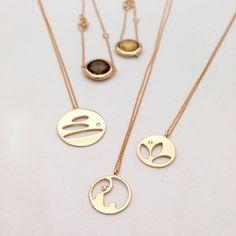 Lotus, Fil ve Denge kolye... www.mireillecollection.com www.instagram.com/mireillecollection Tasarım @cemilgezer #mireillecollection #pırlanta #altın #fil #kolye #denge #lotus #tasarim #hediye #şans #kalp #moda #trend #trendy #love #mücevher #luxury #bird #gold #rosegold #chic #elephant #pendant #jewelry #style #key #heart #nişantaşı