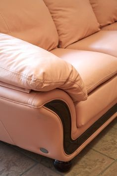 Charmant How To Clean And Restore Leather Furniture