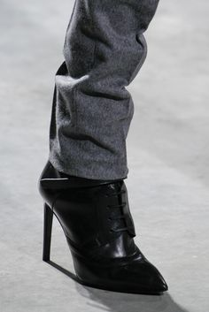 Hugo Boss   Fall 2014 Ready-to-Wear Collection   Women's boots