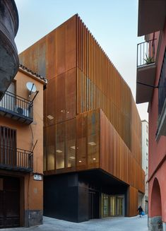 Arquitecturia | Josep Camps & Olga Felip, Pedro Pegenaute · LAW COURT IN BALAGUER