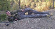 insolite arbre bois jambe tronc