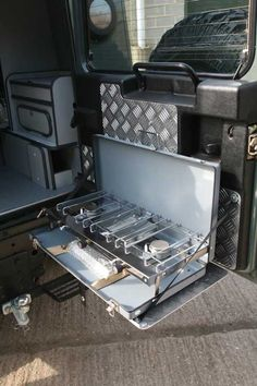 New Project: Overland Defender - Expedition Portal Landrover Defender, Land Rover Defender Camping, Landrover Camper, Defender Camper, Car Camper, Defender 90, Land Rover Defender Interior, Overland Gear, Overland Trailer