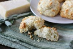 cheddar-and-sage-biscuits2