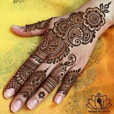 What a bride wants on her wedding day; to look beauteous and gorgeous. Mehandi is an integral part of our Indian culture. Whichever occasions come, drawing mehndi designs on hands and feet is considered auspicious and good omen. Henna Hand Designs, Full Mehndi Designs, Mehndi Designs Finger, Palm Mehndi Design, Simple Arabic Mehndi Designs, Mehndi Designs For Girls, Mehndi Designs For Beginners, Mehndi Design Pictures, Wedding Mehndi Designs
