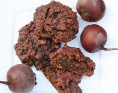 Galettes choco-betterave Desserts With Biscuits, Biscuit Cookies, Beets, Vegetable Recipes, Just Desserts, Scones, Granola, Nutrition, Healthy Recipes
