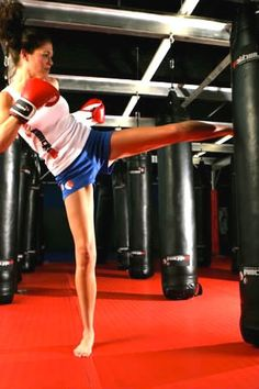 Join a kickboxing class