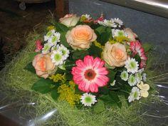 Comment faire un bouquet rond de fleurs fraîches ?