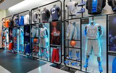 Visual Merchandising and Retail Brand Marketing — Leana Shefman Clothing Store Interior, Clothing Store Displays, Clothing Store Design, Shop Displays, Retail Displays, Visual Merchandising Displays, Fashion Merchandising, Retail Store Design, Retail Shop
