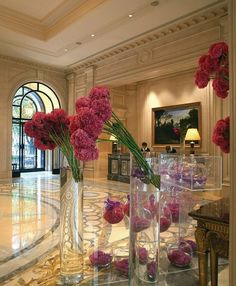 George V Paris - flower arrangements by Jeff Leatham - unforgettable.